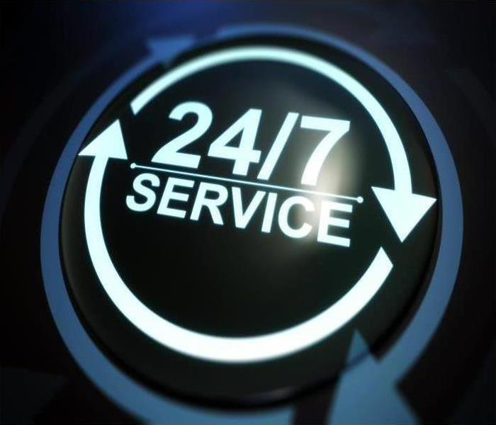 24/7 service icon on black background